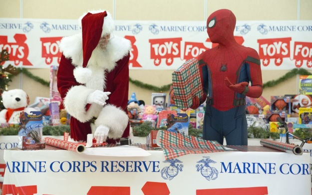 Marine Toys For Tots Program : Official spider man homecoming suit auctioned off to